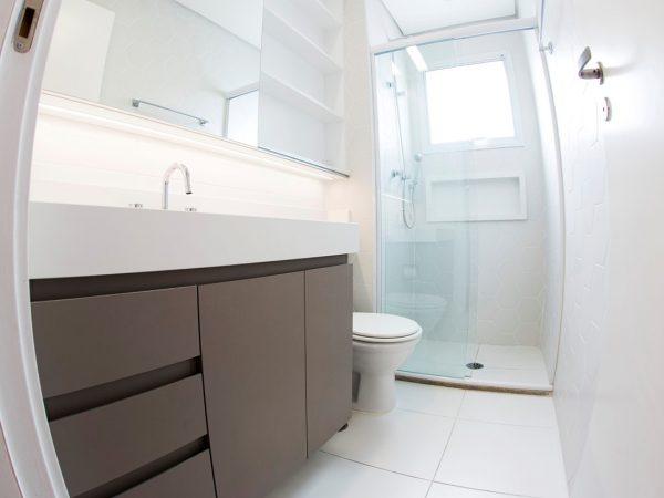 Foto da reforma concluída - Banheiro suíte
