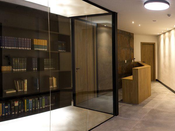 Reforma escritório Avenida Ipiranga - Recepção e Biblioteca